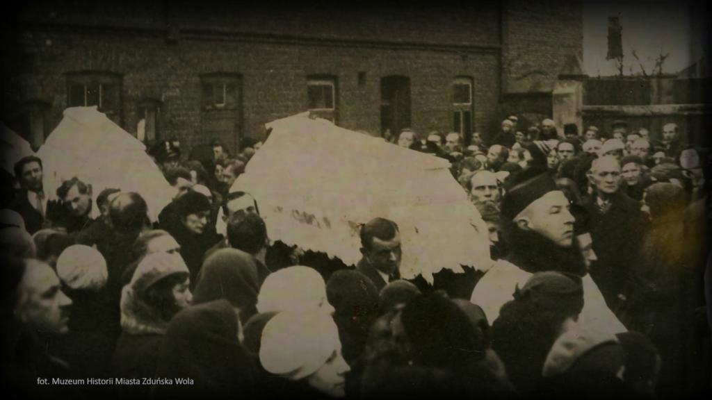 Pogrzeb dzieci ze Zduńskiej Woli