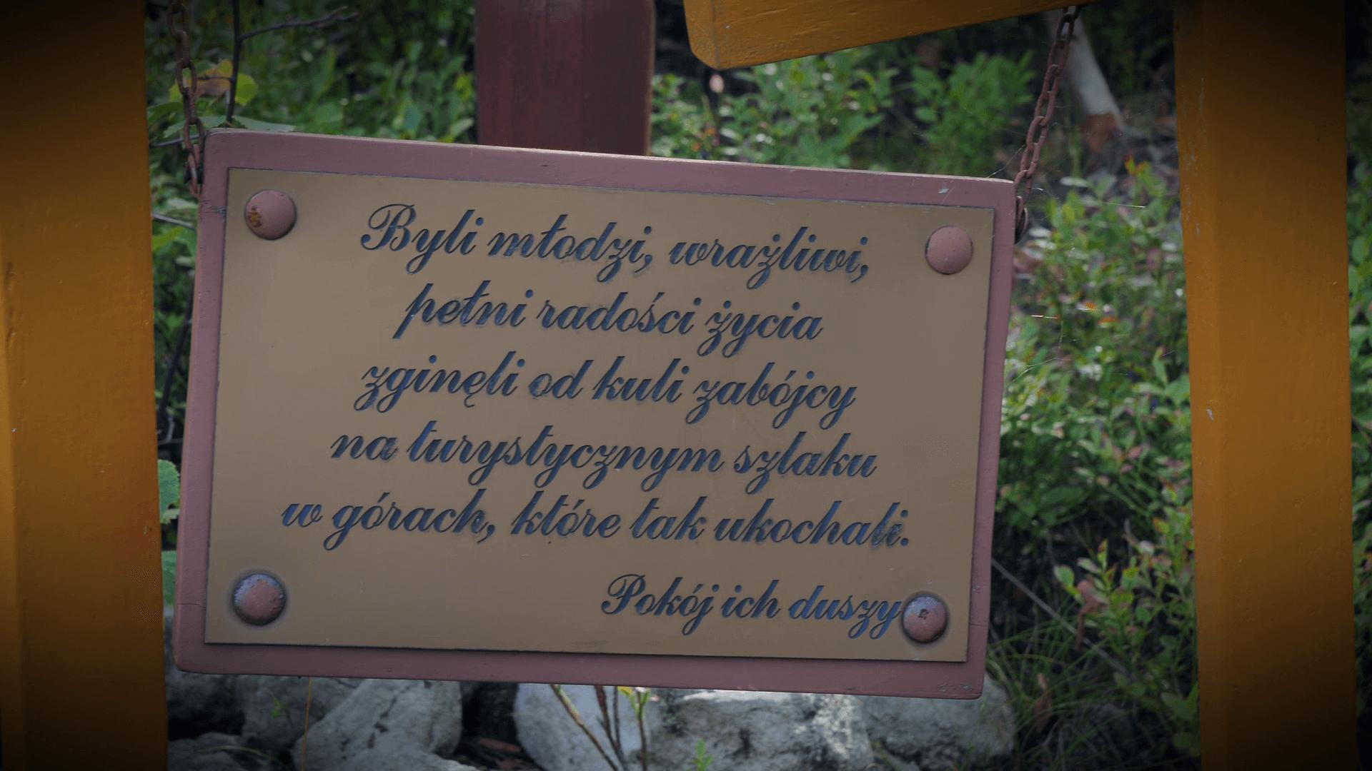 Tabliczka upamiętniająca Annę Kembrowską i Roberta Odżgę